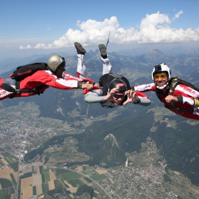 Flying Devil / Ecole professionnelle de parachutisme