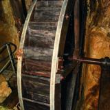 Gagnez 2 x 1 entrée famille aux Moulins souterrains du Col-des-Roches